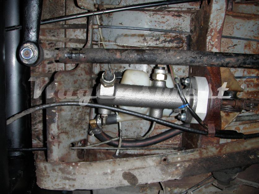 68 Vw Bus >> 1968-70 Volkswagen bus dual circuit master cylinder kit