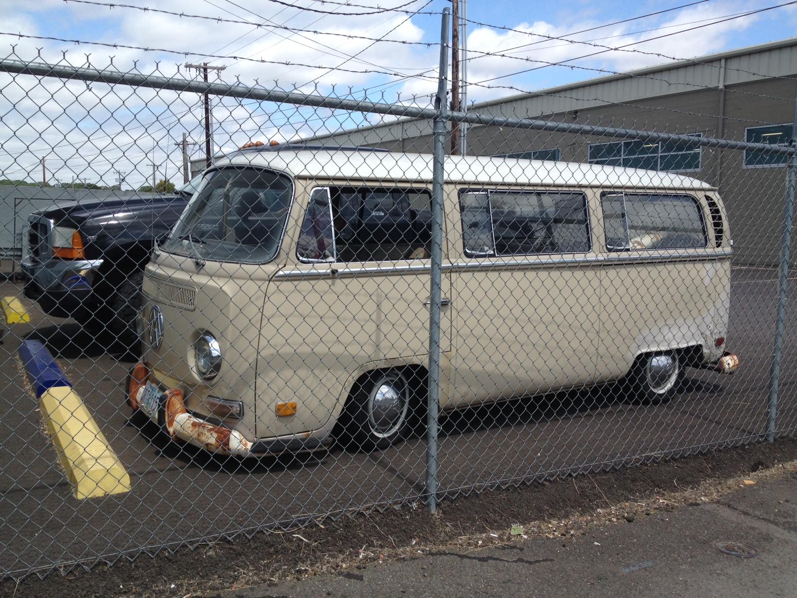 wagenswest slam bay special   volkswagen bus lowering kit